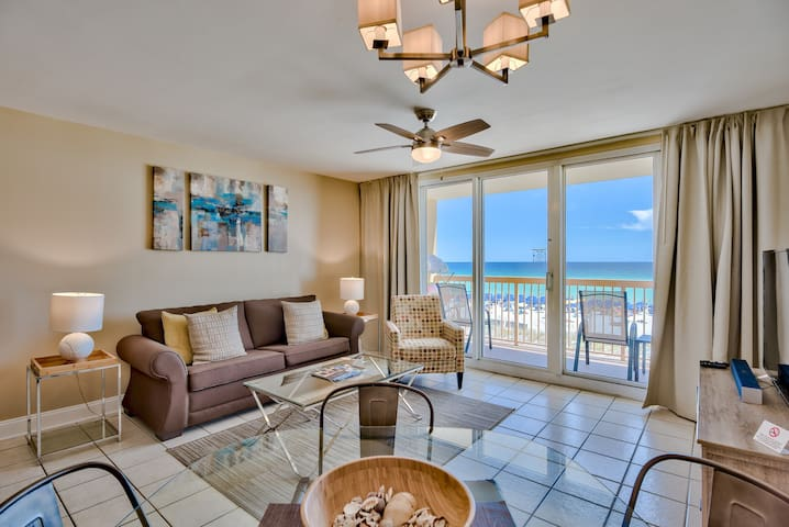 Beachfront at Pelican, Upscale, Ocean View, Pools