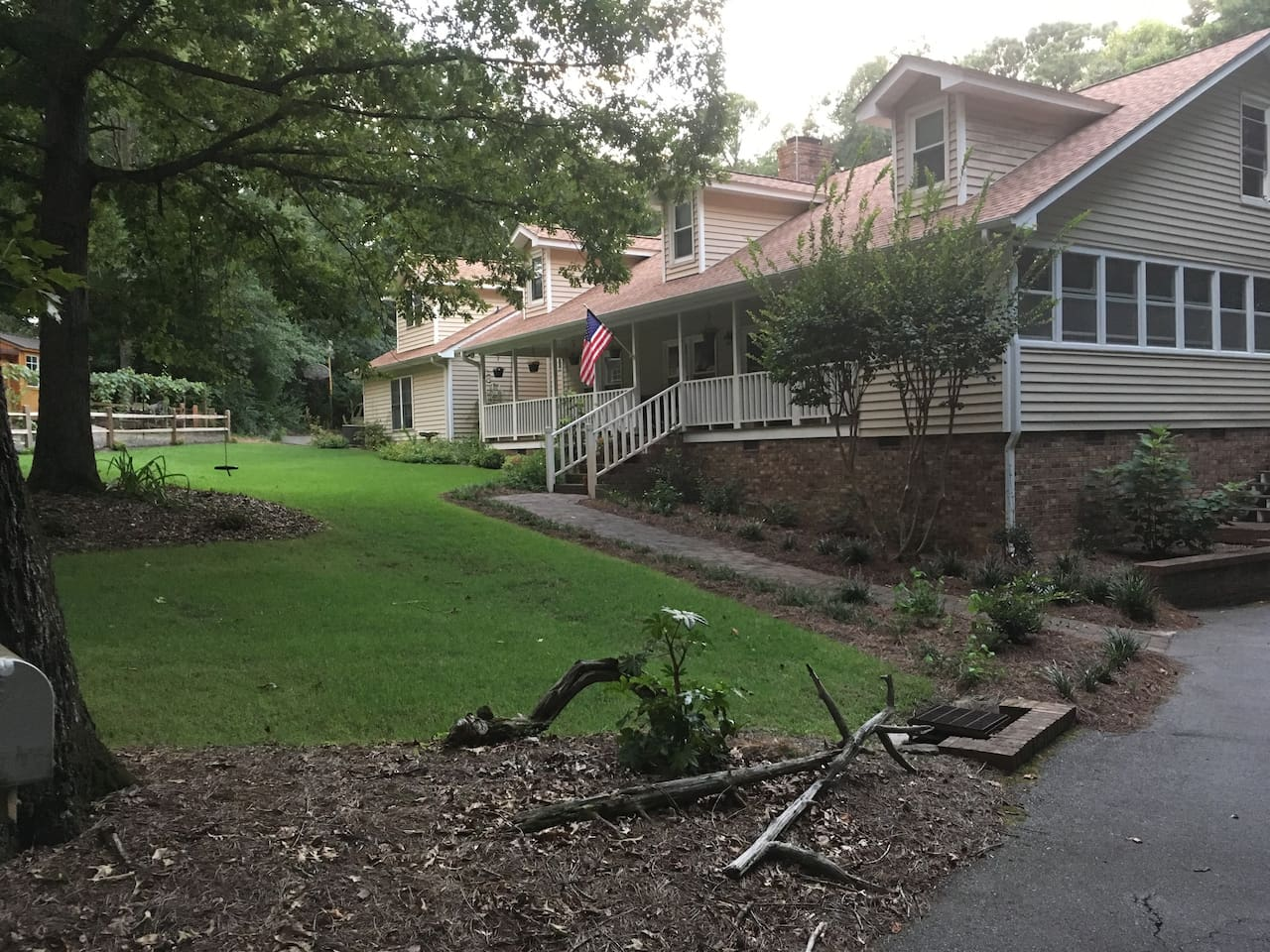 House and Apartment Front Yard
