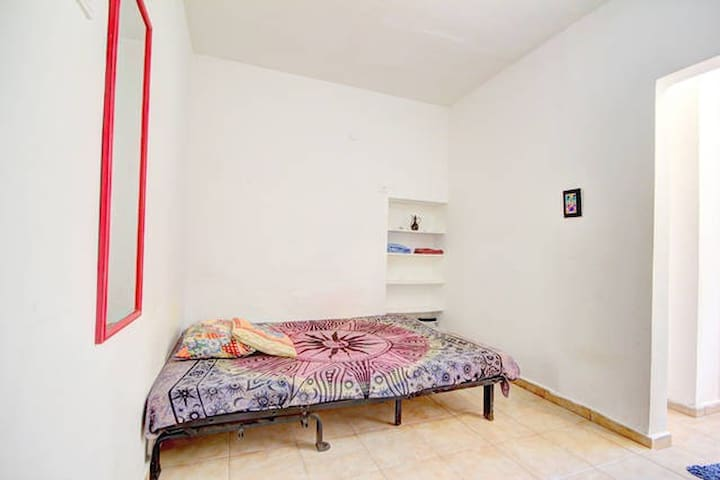 Privat studio furnished, Center TLV
