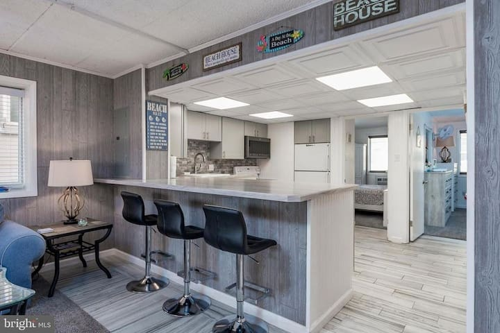 Beautiful decorations are throughout the unit.  Stools are perfect for eating at the kitchen counter.