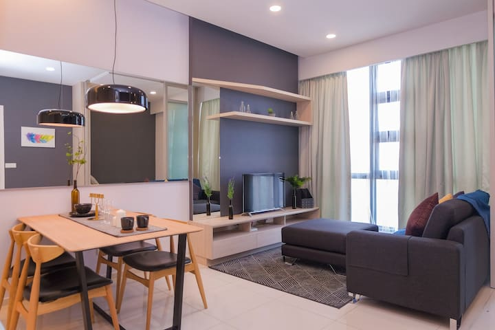 Stylish 1+1BR Family Suite High Floor @City Center