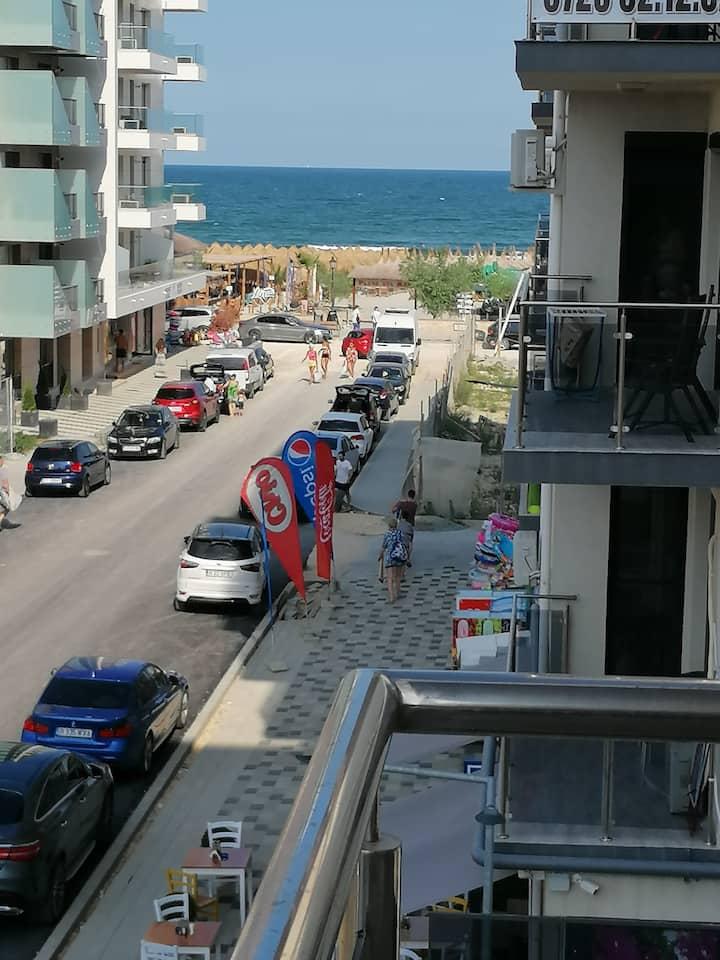 Dreamland SeaView 2 Room 50 m to the beach