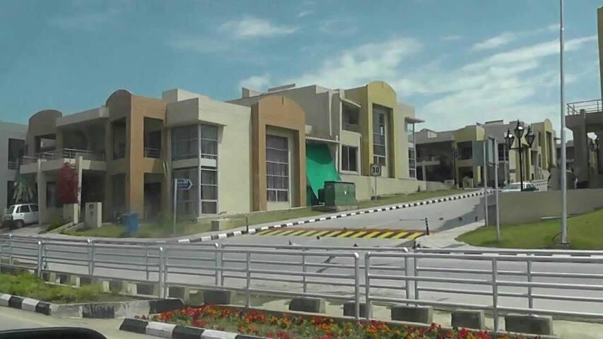 Spacious modern style house - Rawalpindi - Casa