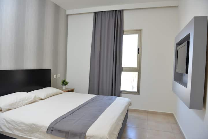 TZABAR HOTEL- private single room