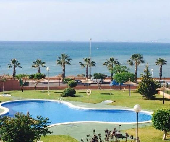 Casa Adosada frente al mar. - Orihuela - Huis