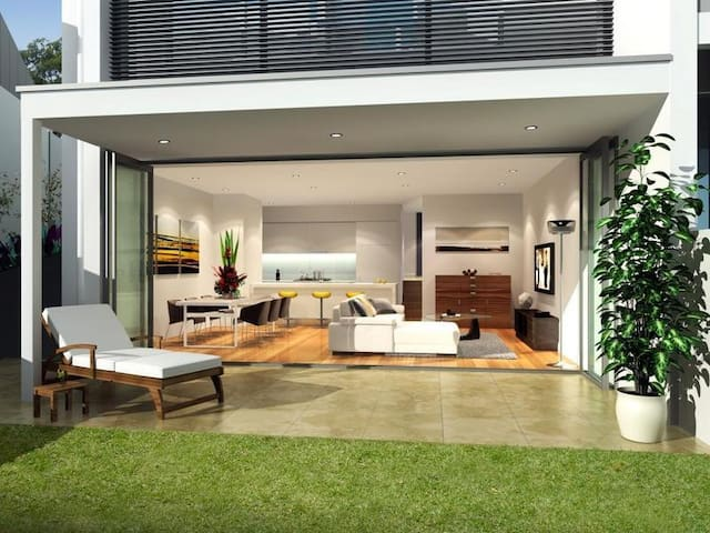 Beautiful Home gentle stroll Coogee Beach&Randwick