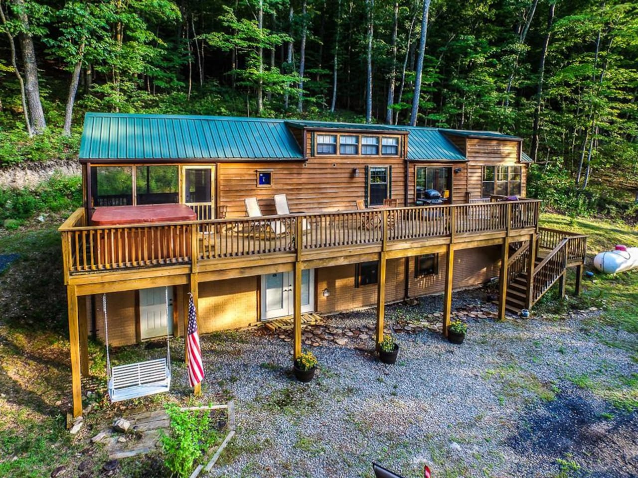 Escape the stresses of everyday life at this mountain cabin at Lake Ferndale.