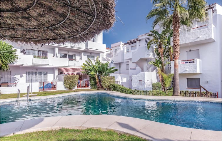 Holiday apartment with 3 bedrooms on 127m² in Estepona