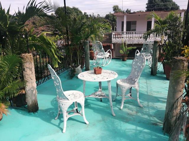 Hostal Nenanda en la Playa +Garaje (Casa Completa)
