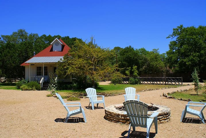 The Boat House - Wimberley - House