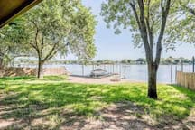 Private Backyard looking to dock