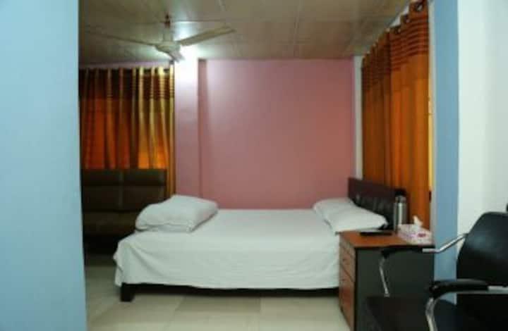 Medium quality apartment in Banani