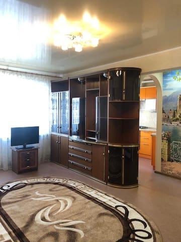 Уютная 3-комн квартира Комсомольская набережная 12