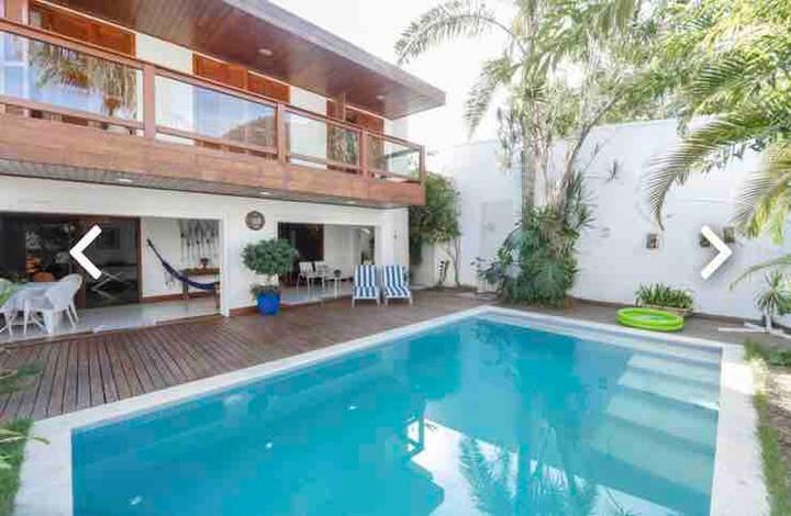 Casa em São Conrado, piscina, praia, amigos!