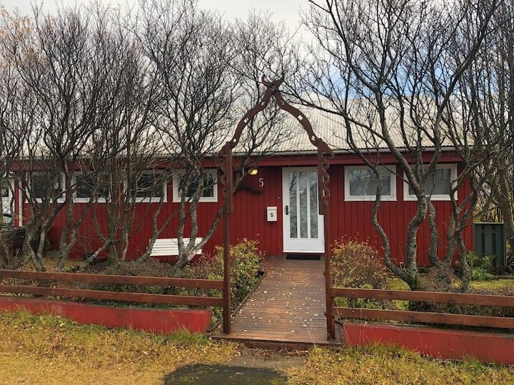 Keflavík: The Red House