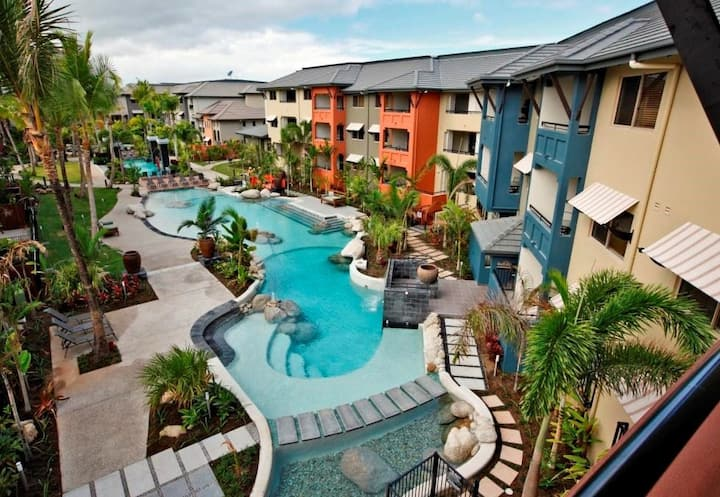 Cairns One! 9 Pools, Netflix, Free WiFi, Nespresso