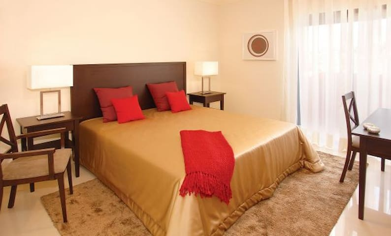 2 BEDROOM APARTMENT WITH MEZZANINE IN ALCANTARILHA - Alcantarilha