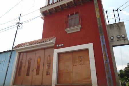 Villa Maria Tours - San Miguel Dueñas