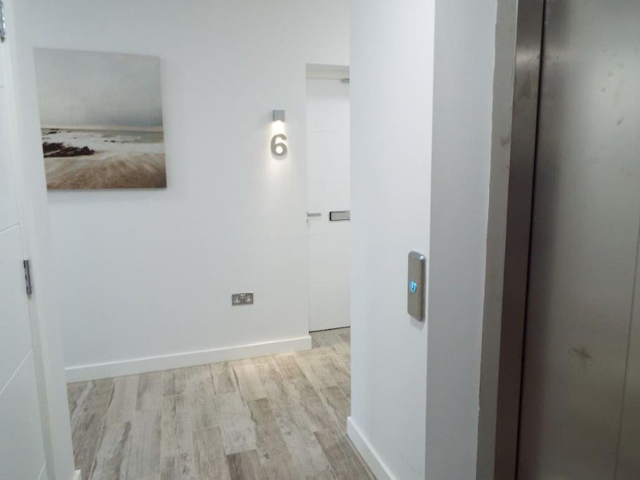 Lift access to all floors. contemporary and secure communal hallways.