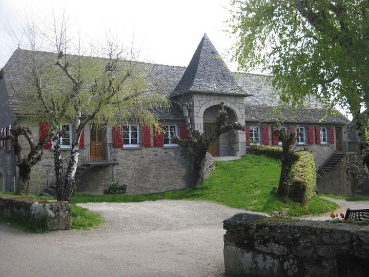 La Grange du Barry location de Gites avec piscine