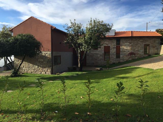 Casa das Castanhas - Cinfães do Douro