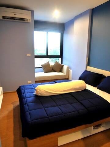 Chez Francois at ZcapeX2 Condo - TH - Apartemen