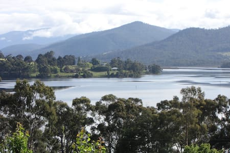 Huon River Cottage - Castle Forbes Bay