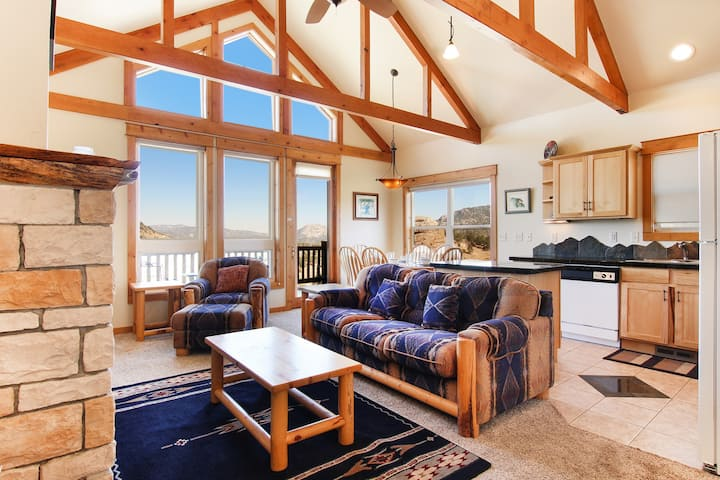 Comanche Peak 39 - 2 Br condo with 2 fireplaces, Marys Lake and mountain views!