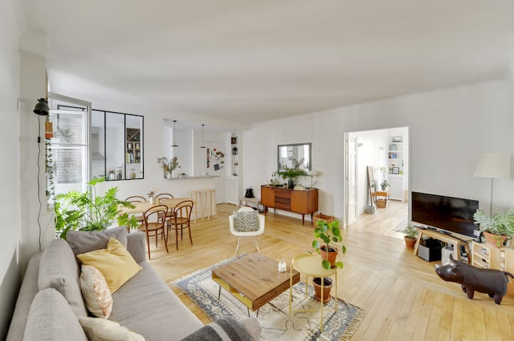 Charming 65m² Flat in Passy (16th arr.)