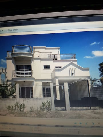 House for rent in Gardenville Tangub Bacolod City - Bacolod