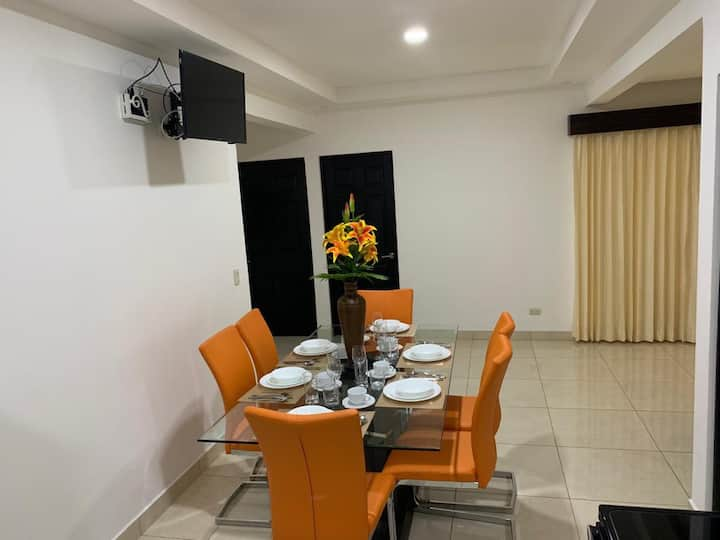 NEW modern apartment, 10MIN from airport