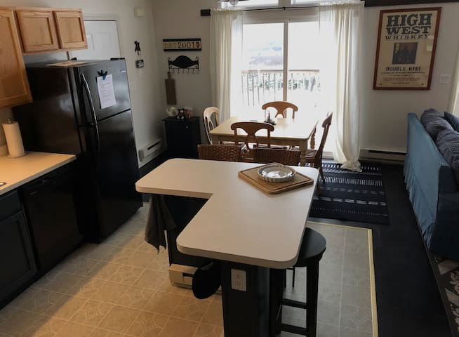Open floor plan kitchen and dining