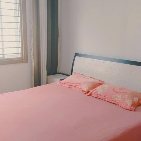 1.8米的大床舒适柔软