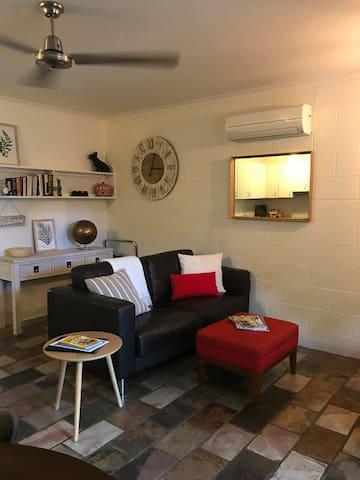 Cosy, comfy, stylish unit! Free Wifi/Netflix/Bikes