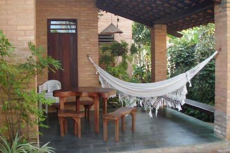 Agradável casa em Guaxuma - Maceió