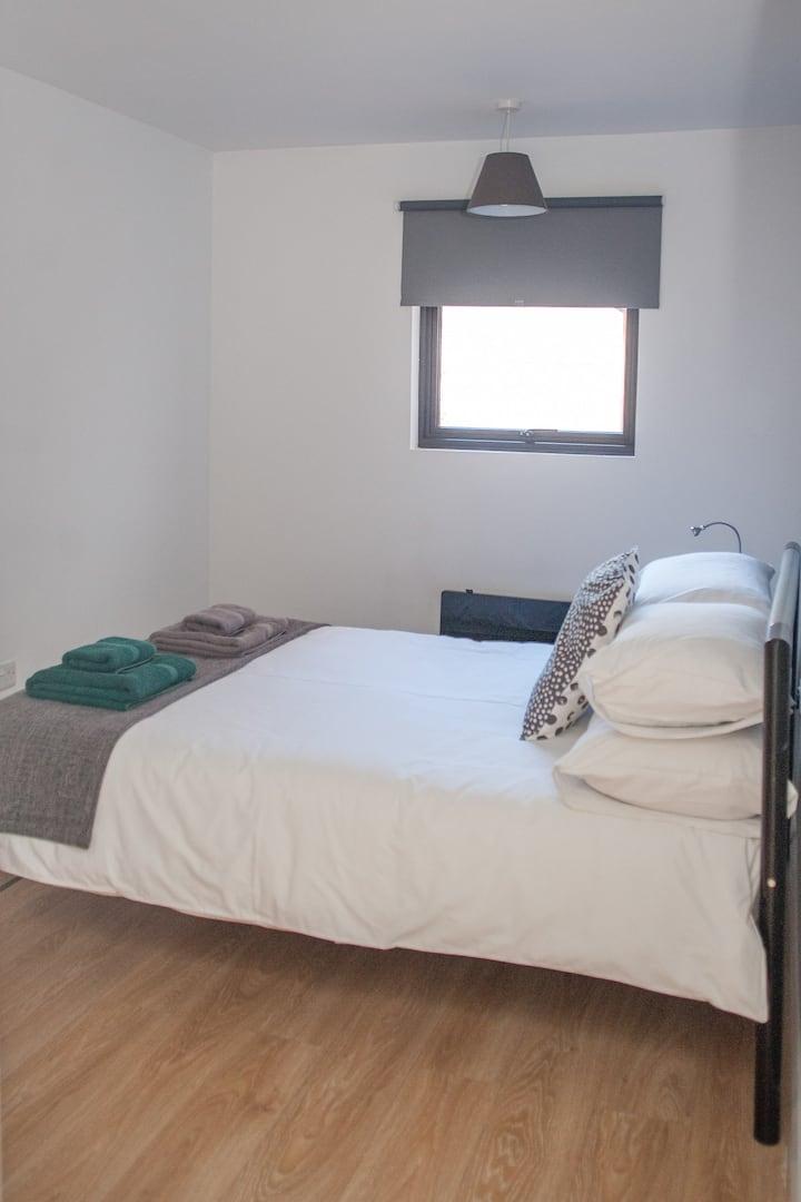 Apartment ground floor 2 bed 3QC