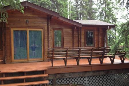 Cedar Cabin - Fairbanks - Cottage
