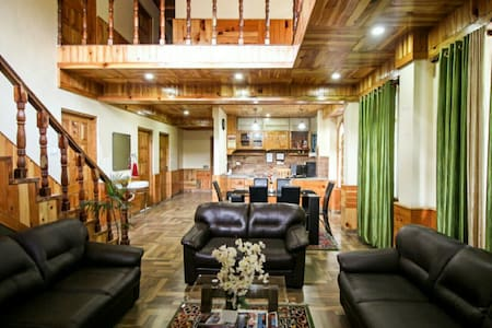 Peaceful stay with panaromic view - Manali - Bed & Breakfast