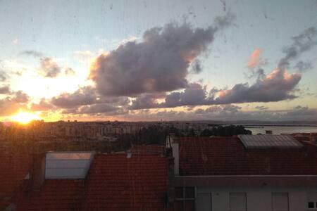 Lisbon South Bay - Seixal, Excelente Localização - Arrentela - Lakás