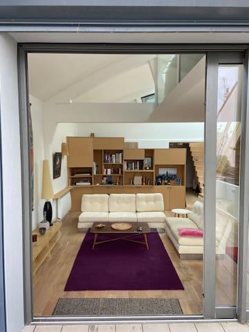 Loft calme et lumineux avec terrasse privée