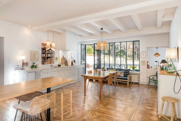 Maison Ré - chic and relaxed house