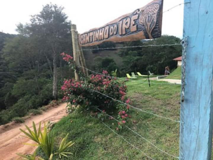 Chácara Cantinho do Ipê