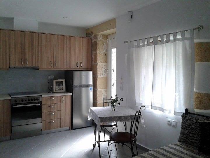 Traditional Independant Apartment - Grandma's Nest