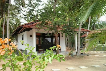 Cabana near the beach / ChillEnjoy Cabanas - Tangalle