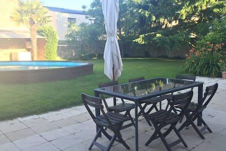 Maison+jardin+piscine+garage : Chambre N°2 - Bressuire - Talo
