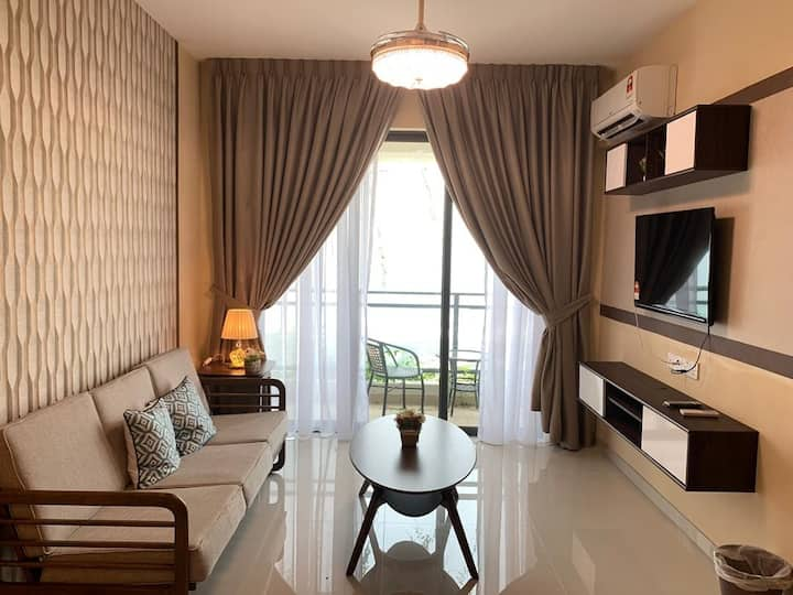 G28-18, 1+2 Bed Forest City Getaway