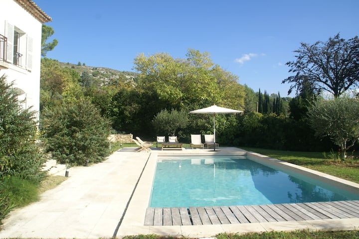 Atmospheric villa in pottery town Salernes (1 km), near many lovely villages