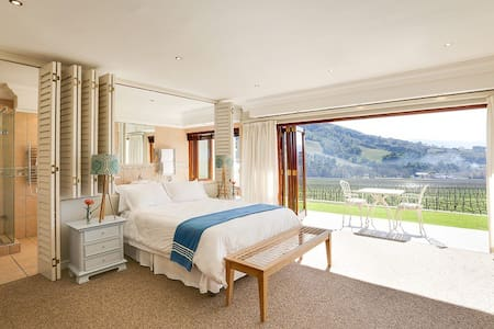 Banhoek Lodge - Stellenbosch - Bed & Breakfast