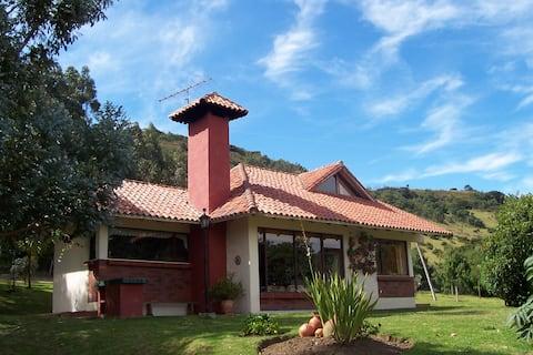 DESCONECTATE! Cabaña con vistas (Guasca-Guatavita)