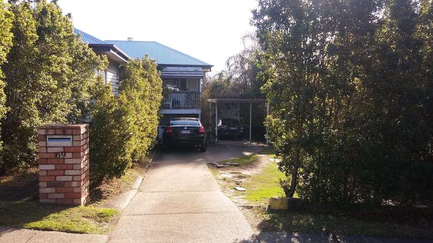 Tarragindi Workers Cottage (close to City) - Tarragindi